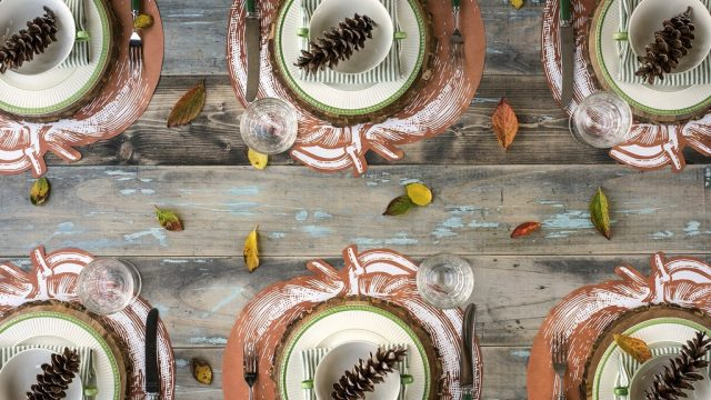 Setting your Fall Table in Farmhouse Style